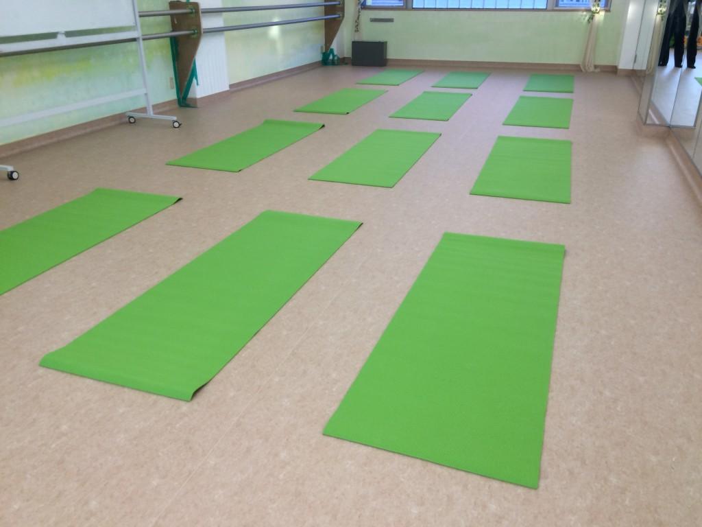 京王線 下高井戸駅  レンタルスタジオは ヨガ 教室に使える貸しスタジオです