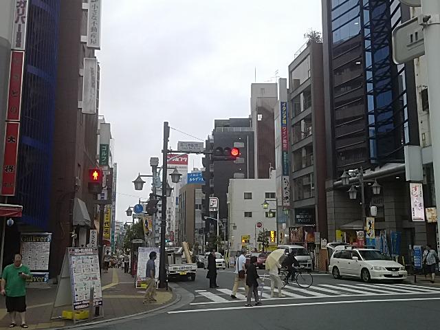 高円寺は商店街が有名です